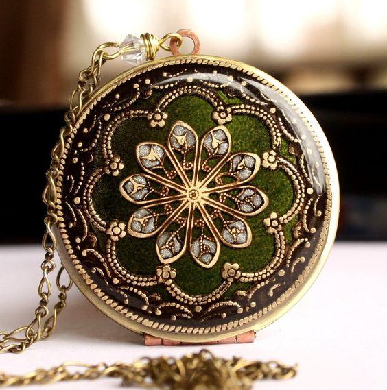 Locket, Vintage Locket, Prom Necklace, Flower Necklace, Resin Locket, Olive Necklace, Enameled Pendant. $84.50, via Etsy.