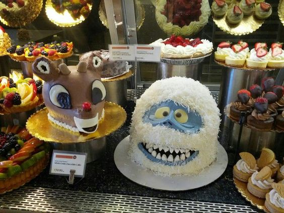Holiday Cakes at Whole Foods - PV | Decorative foods | Pinterest ...