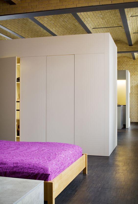 einbauschrank, schlafzimmer, freistehend, weiß lackiert | wand