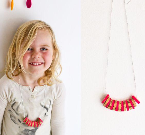 Cork necklace DIY