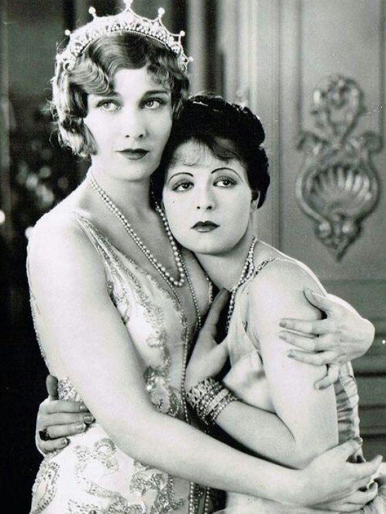 "Esther Ralston & Clara Bow in ""Children of Divorce"". Paramount Pictures 1927. Also starring Gary Cooper #divorce"