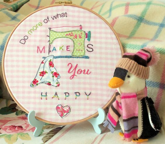 Happy Hoop Art Pattern download pdf inspirational by BustleandSew