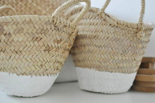 ♥: Market Baskets, Idea Paint, Dipped Baskets, Wicker Baskets, White Paint, Basket Bags