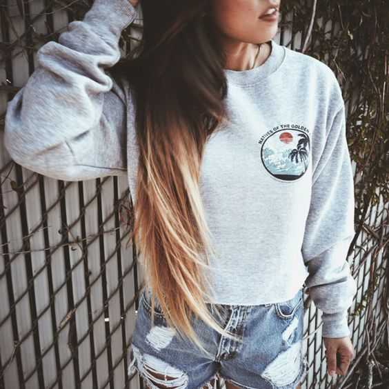 x love this look. Baggy sweater and jean shorts. Cute fashion