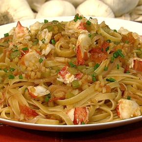 Mario Batali's Fettuccine With Lobster, Tomatoes, And Saffron: