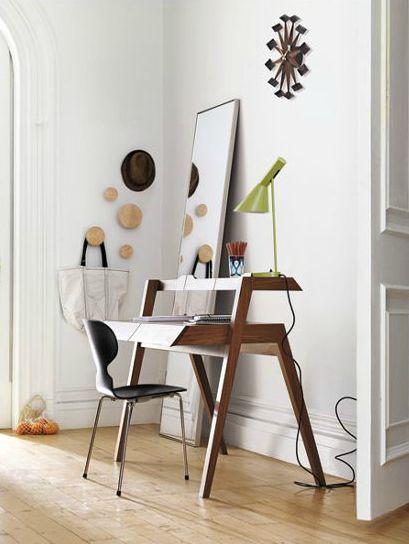 AJ Table Lamp, designed by Arne Jacobsen.