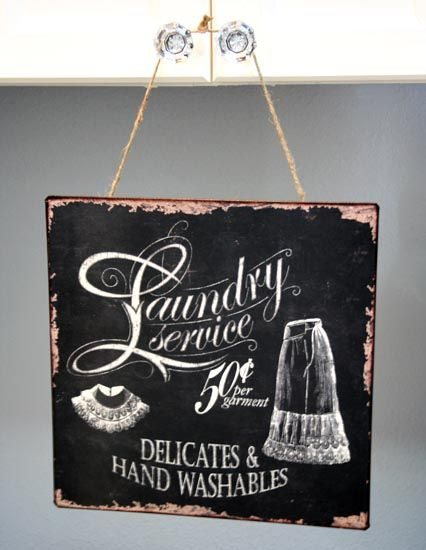 Set the stage in your laundry room with this fabulous Vintage Style Laundry Sign. I love it's old school look of an older chalk board and the vintage style.