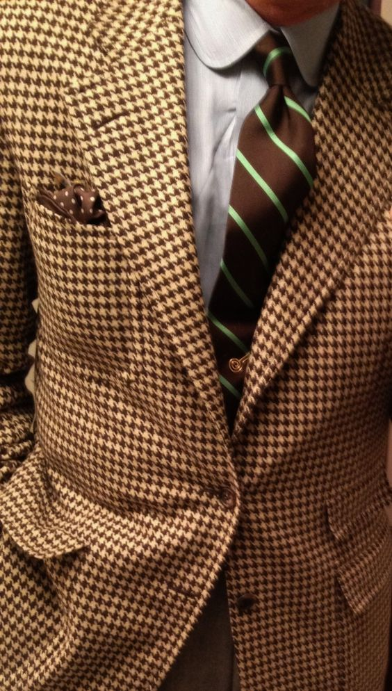 Club Collar, houndstooth and a killer tie... Texture at its finest.