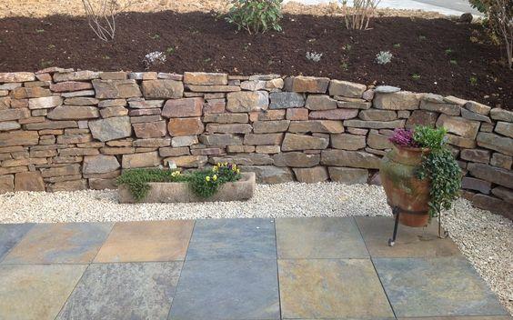 Trockenmauer im Garten bauen Außenanlage Pinterest Gärten - steine fur gartenmauer