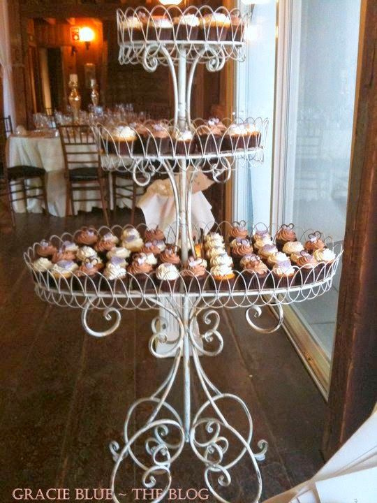 Rustic wedding cupcakes, Wedding cupcake stands and ...