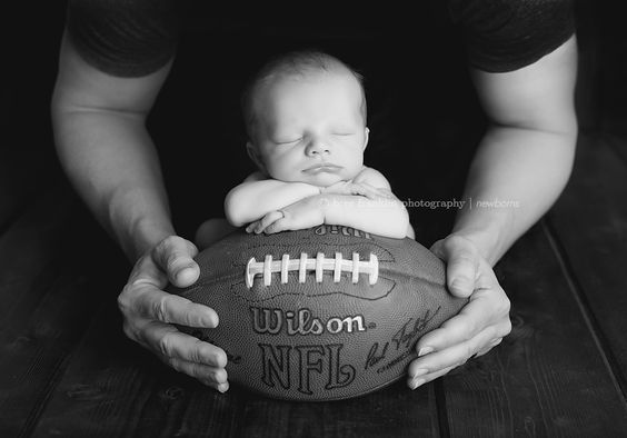 Football Star 8 days | Roseville Newborn Photographer » Bree Franklin Photography | Sacramento Maternity, Newborn and First Year Photographer