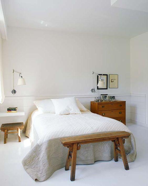mismatched bedside tables 3 delightbydesign-blogspot-com