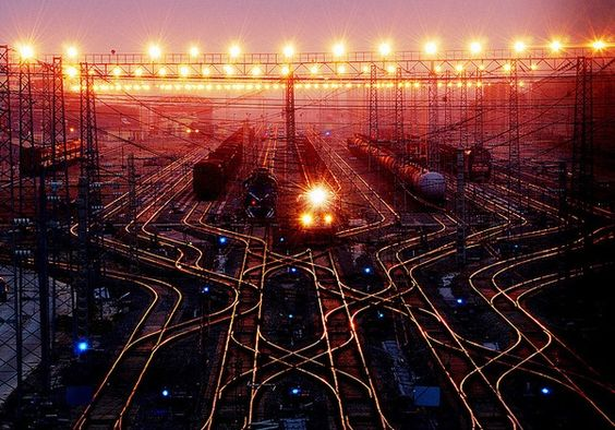 RailwayMarshalling Station, Northern Wuhan, China (,) :: July 15, 2009 using a Nikon D80.  :: By QinZong on flickr ::