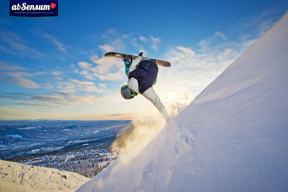 The wonderful way to spend a #winter day. #snowboard #snow