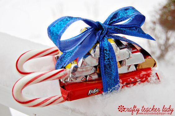 Candy Cane Sleigh Video Tutorial: Candy Cane Sleigh, Bar Crafty, Candy Canes, Christmas Idea, Chocolate Sleigh, Christmas Holiday Ideas, Candy Sleigh, Craft Ideas Holiday