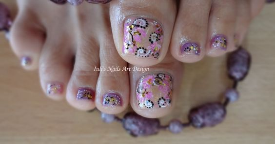 Toes Art Design Purple/Nude/Golden Arabesque Foil Effect 2014 Live Tutorial - YouTube