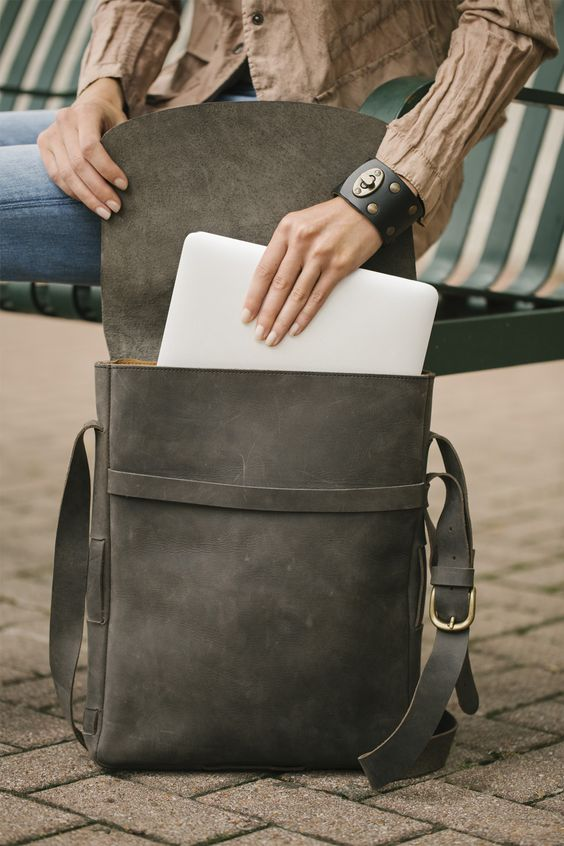 Click through to check out our Mac Messenger Bag. #love41 #leather