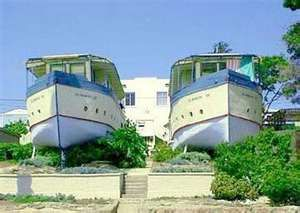 Ususual and strange house designs Seen On coolpicturegallery.blogspot ...