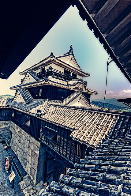 Matsuyama Castle, Ehime, Japan - if I could be a ninja for a day, I would so run on these rooftops! XD
