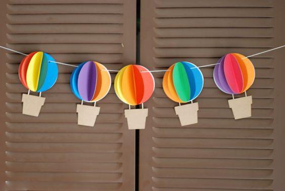 3D Hot Air Balloon bannière Up Up et Away Rainbow par postscripts