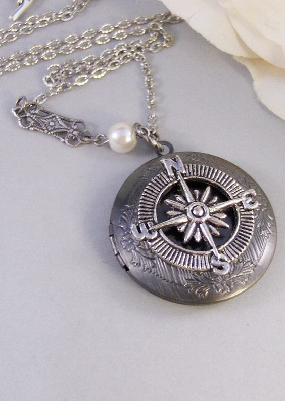 Compass Silber Medaillon Silber Medaillon von ValleyGirlDesigns