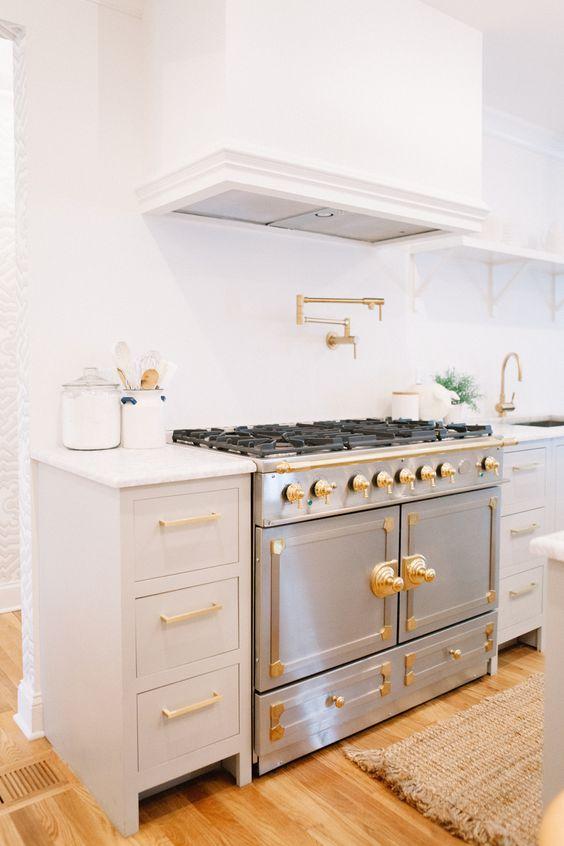 La Cornue Kitchen Designs: White Kitchen, Open Shelving, Kitchen Island. Design