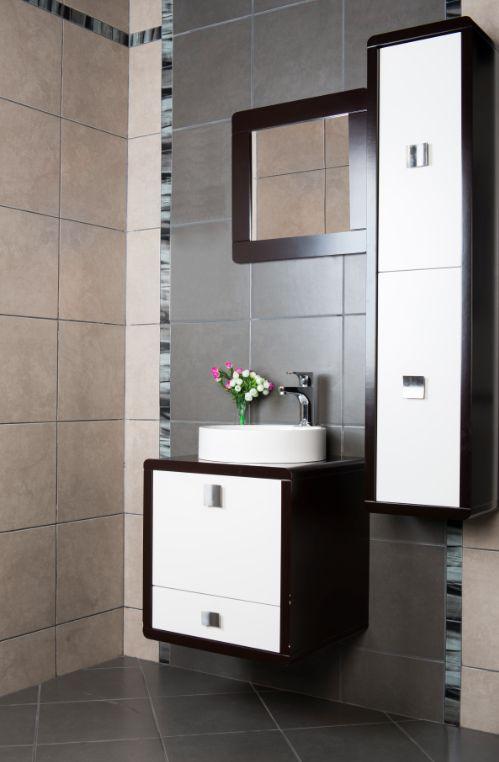 Nuevos #baños vas a encontrar en #Blaisten!   :: Baños ::   Pinterest