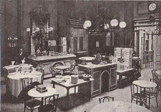 1910. Restaurant de l'Estació de França de Barcelona
