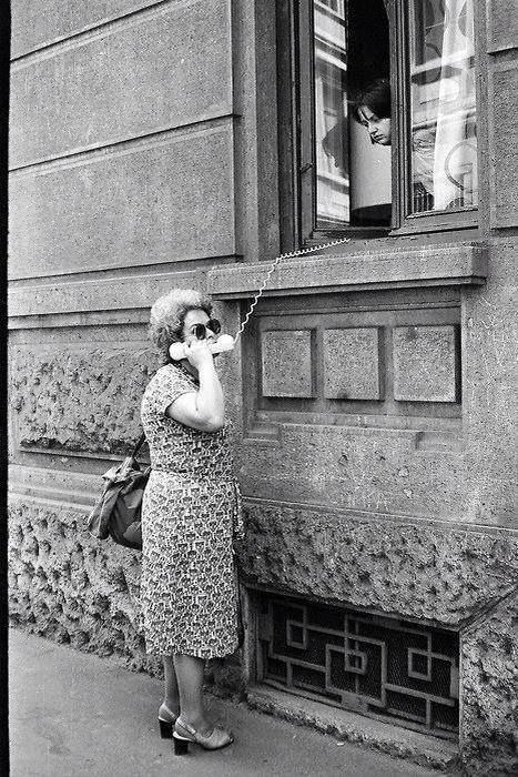 Old school WhatsApp---just adorable!!!  Naše drage Gospice prije odlaska na plac!!!
