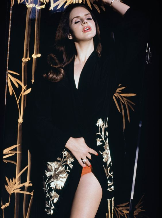 """Lana Del Rey - """"At Home"""" Exclusive Interview & Cover Shoot"""