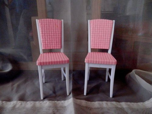 Two Barbie Dining Chairs Pink and White eBay Barbie  : 4ccdf348e6587bcce2c613ed4ad9b642 from www.pinterest.com size 500 x 375 jpeg 25kB