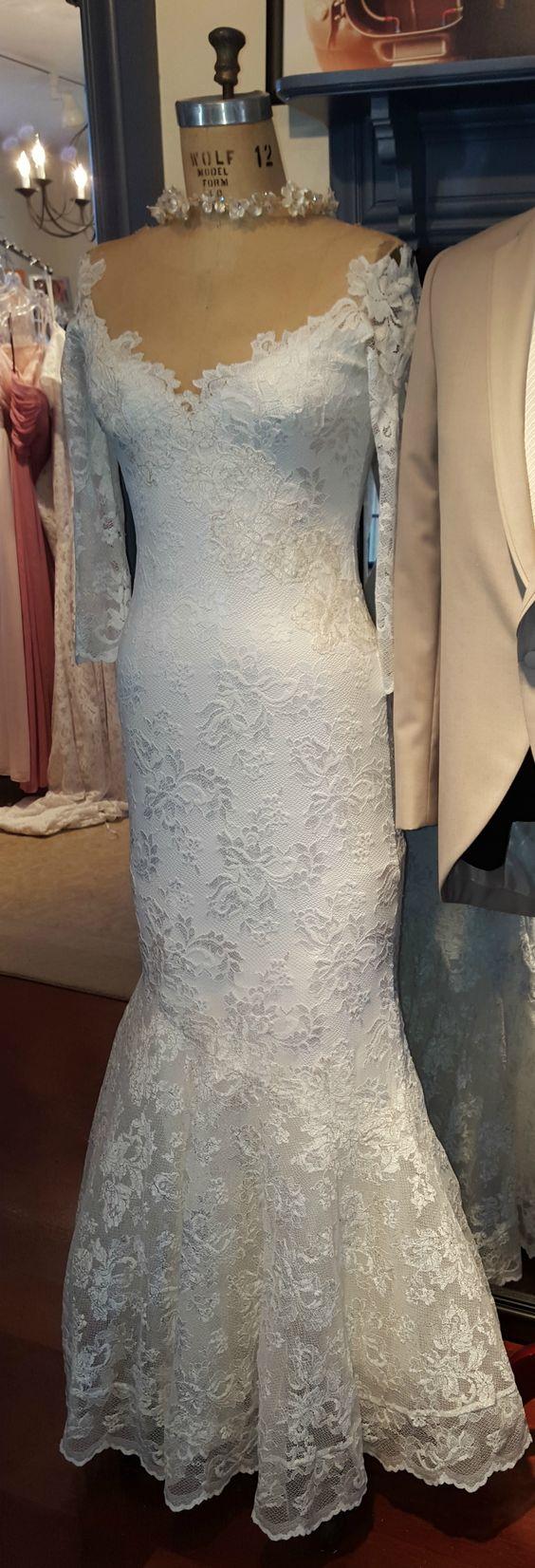 Olvi39s trend stretch lace bridal gown www for Stretch lace wedding dress