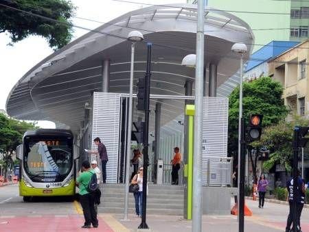 Primeira fase do Move terá três linhas e 18 ônibus nas ruas - Notícias - R7 Minas Gerais