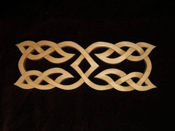 Viking Ornament Plaque - similar to the Celtic knotwork but with sharper features
