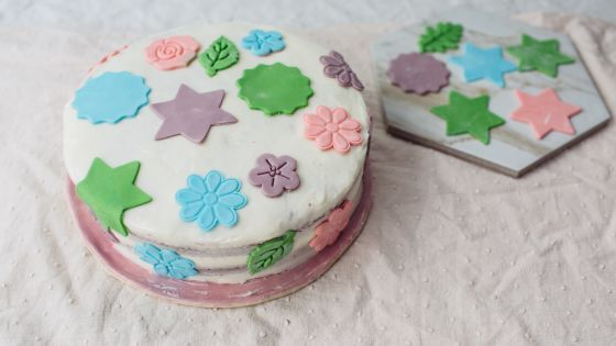 simple cake decorating ideas with fondant.htm marshmallow fondant recipe marshmallow fondant  chocolate  marshmallow fondant recipe