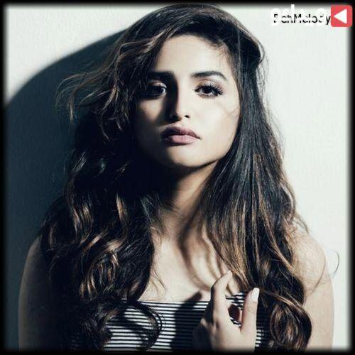 اهنگ زيبای جدید Hala Al Turk به نام Mamnoo Ellames Mp3 ویدائو In 2020 Hala Al Turk Turk