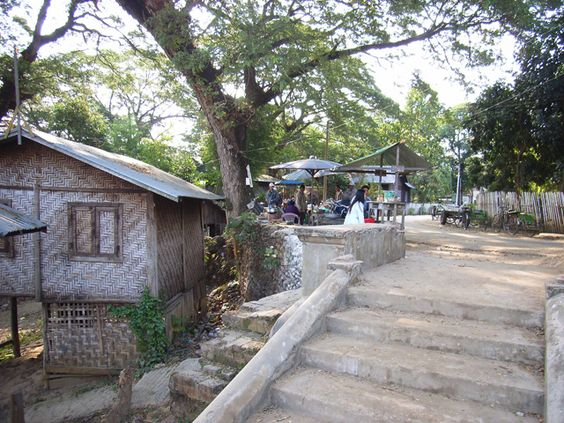 Katha(r), Myanmar: Street near the river
