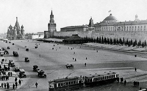 Moscow trams on Red Square in 1929: