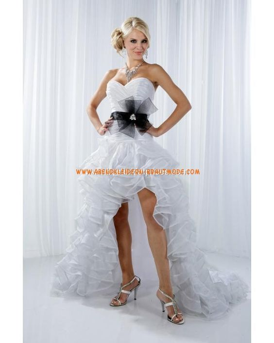 Sexy moderne Brautkleider aus Organza und Satin Herzausschnitt Ruffle