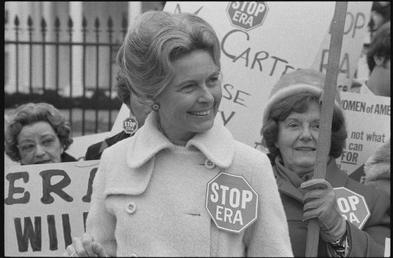 Author Phyllis Schlafly went on to spearhead the campaign against the Equal Rights Amendment, shown in this 1977 photo. (Warren K. Lefler/Library of Congress)