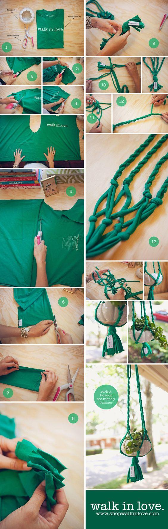 Sacar trapillo de una camiseta y tejer en macramè un colgante para macetero. DIY T-shirt plant hanger. See full instructions here : http://shopwalkinlove.com/t-shirt-plant-hanger-diy/