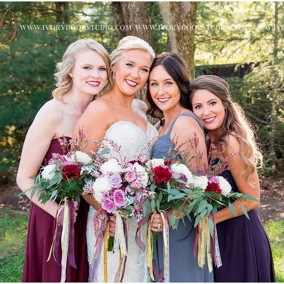 Don't these ladies look fabulous?! Love the colors! #wedding #featureityall #icanteven