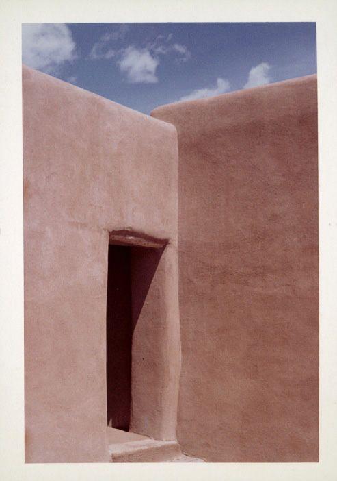 Photograph of Georgia O'Keeffe's Abiquiu house, New Mexico. © Georgia O'Keeffe Museum.