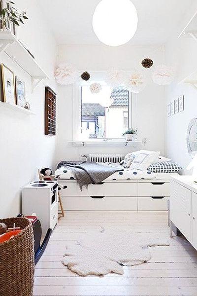 Hack A Storage Bed | Tips, Garderob och Lagring