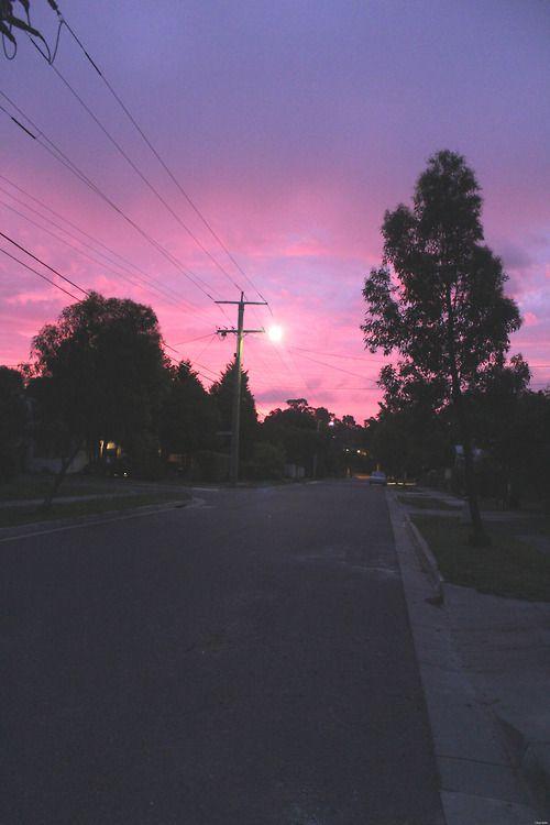 How do you draw a twilight sky?