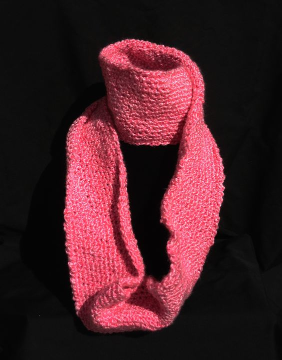 Pink eternity scarf