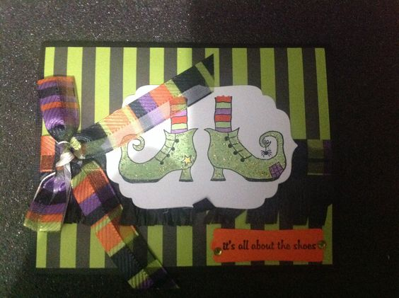 This is the most beautiful Halloween card made by cindy.  Love it !!!!!