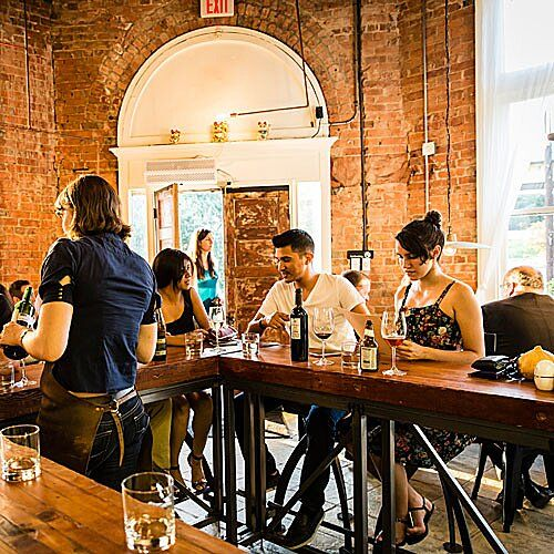 100 Best Restaurants In The South Southern Restaurant Fried Chicken Skin Tasting Menu