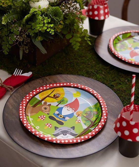 Detalhe da mesa de festa infantil. Viver em Festa adorou!