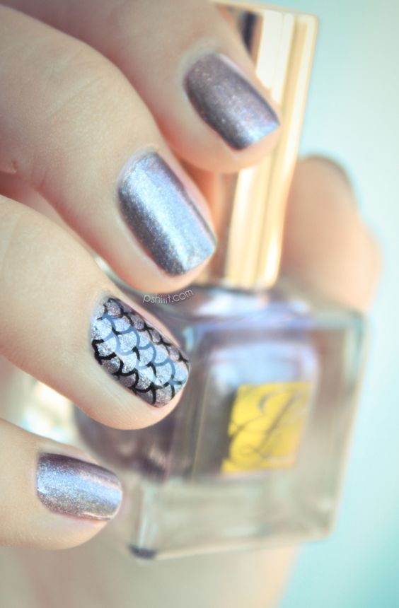 Estee Lauder     Chaos love the one fishtail nail lovely chic
